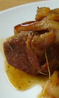 Rôti de porc avec des poires fondantes