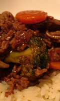 Boeuf, brocoli et carottes