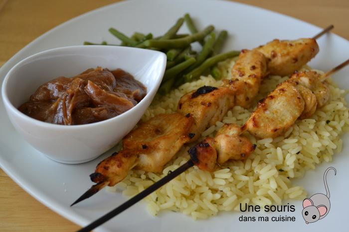 Brochettes de poulet et sa sauce satay