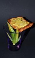 De l'ananas sur une pâte feuilletée