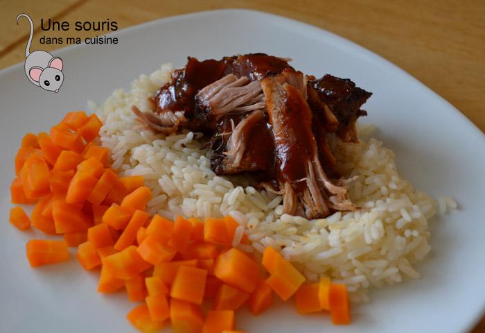 Épaule de porc rôti doucement et sa sauce BBQ