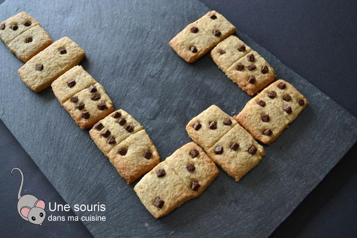 Biscuits dominos