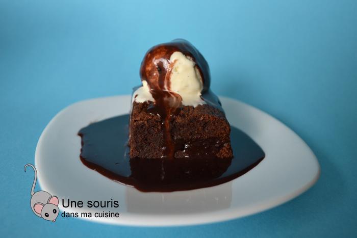 Brownie et sa sauce au chocolat