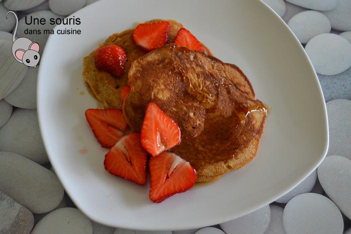 Pancakes au blé entier et au yogourt