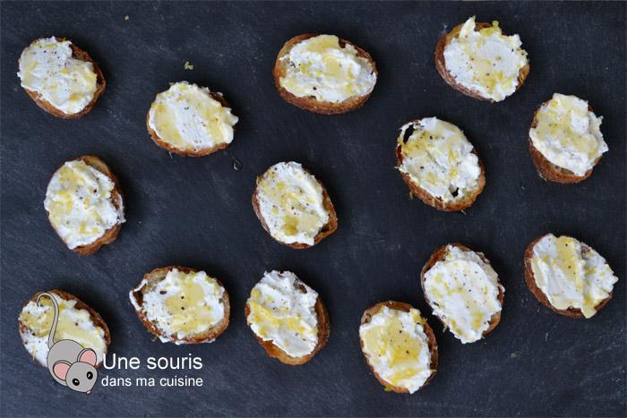 Tartine à la ricotta, miel et citron