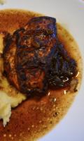 Poulet caramélisé au vinaigre balsamique et oignons grillés