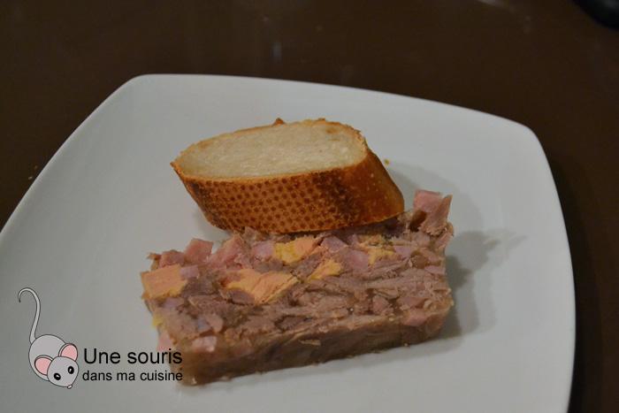 Terrine de canard et foie gras en gelée