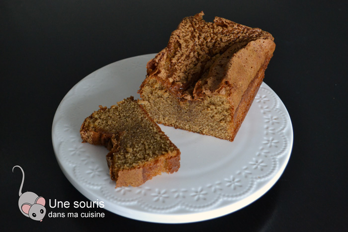 Gâteau au praliné de noisettes et aux épices
