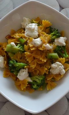 Pâtes au brocoli et mozzarella