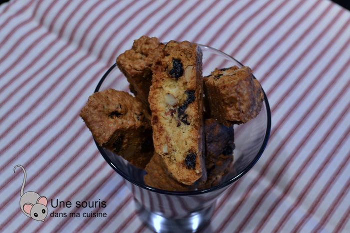 Biscottis aux bleuets et aux amandes