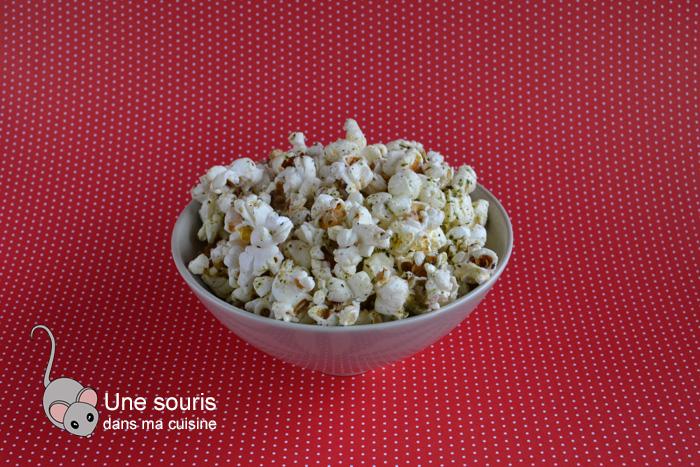 Popcorn aux herbes séchées