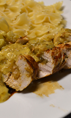 Escalopes de dinde farcies aux oignons et au curry