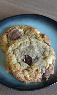 Biscuits au beurre noisette, chocolat et fleur de sel