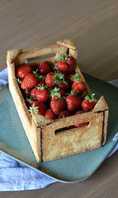 Gâteau cagette aux fraises