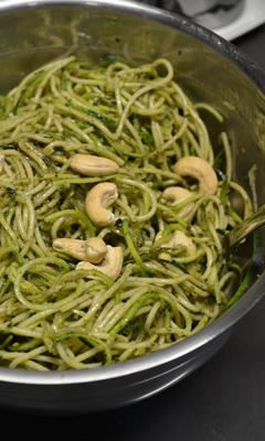 Salade de spaghettini et courgette
